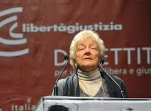 """Riforme, Carlassare: """"Napolitano chiede riflessione su Italicum per fermare M5s"""""""