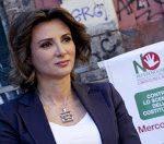Anna Falcone, vice presidente del Comitato per il 'No' al referendum di Ottobre durante un' iniziativa organizzata a Napoli, 15 Giugno 2016. ANSA/CIRO FUSCO